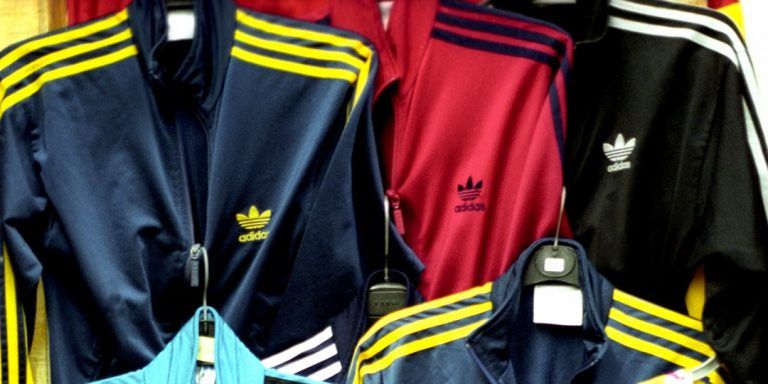 How to Wear a Tracksuit the Right Way